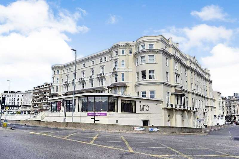 2 Bedrooms Flat for sale in Queens Apartments, Harold Place, Hastings, TN34