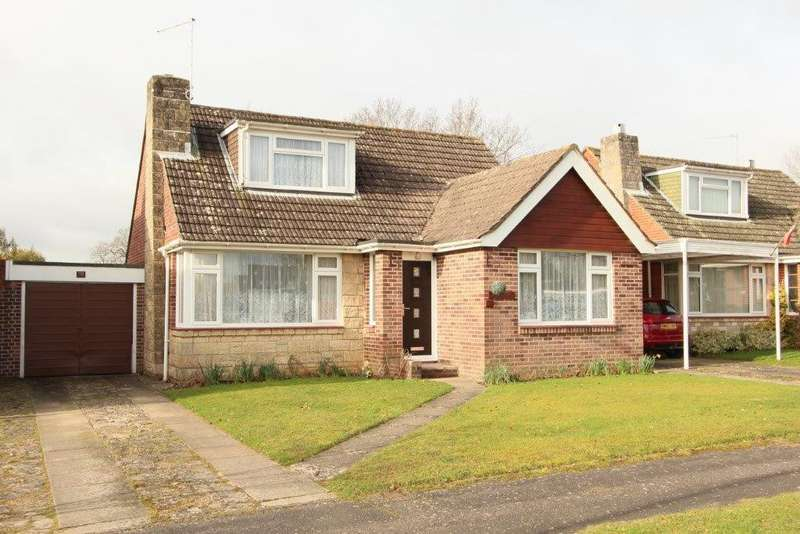 3 Bedrooms Chalet House for sale in Pern Drive, Botley SO30