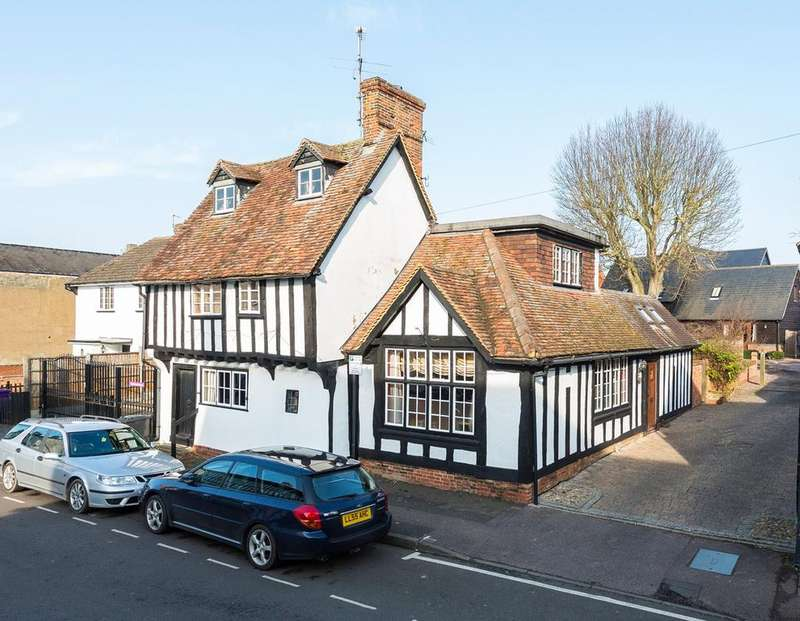 4 Bedrooms Detached House for sale in Church Street, BALDOCK, SG7