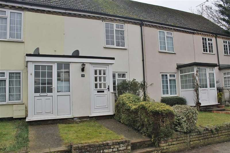 2 Bedrooms Terraced House for sale in Brakefield Road, Southfleet