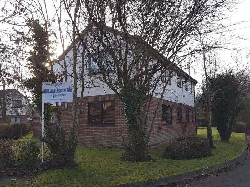 Studio Flat for sale in Elliot Close, Totton
