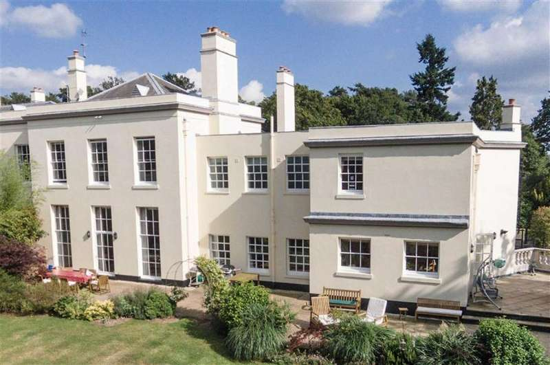 5 Bedrooms House for sale in Essendon Place, Essendon, Hertfordshire