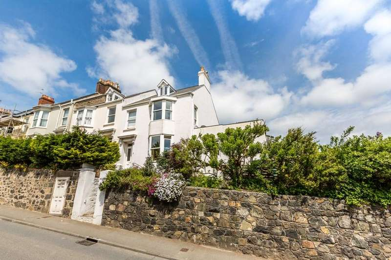 5 Bedrooms End Of Terrace House for sale in 6 Rouge Rue, St. Peter Port, Guernsey