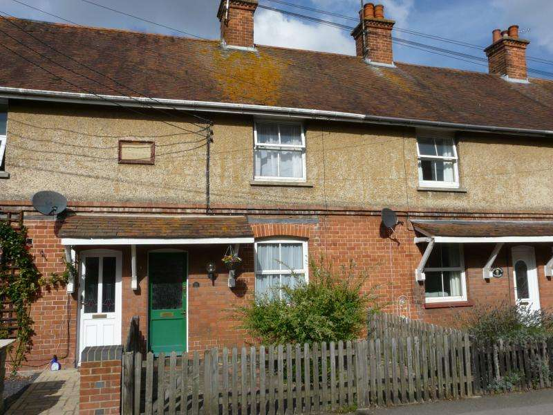 2 Bedrooms Terraced House for sale in Church Street