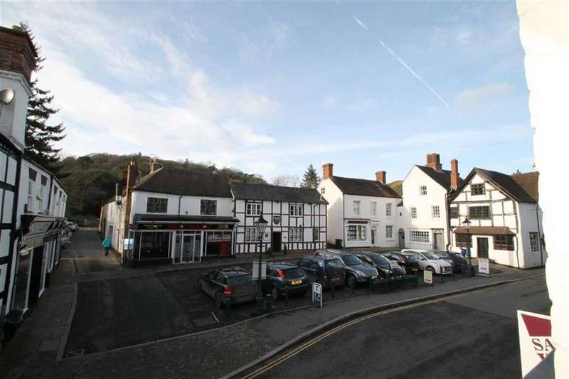 2 Bedrooms Flat for sale in High Street, Church Stretton, Shropshire