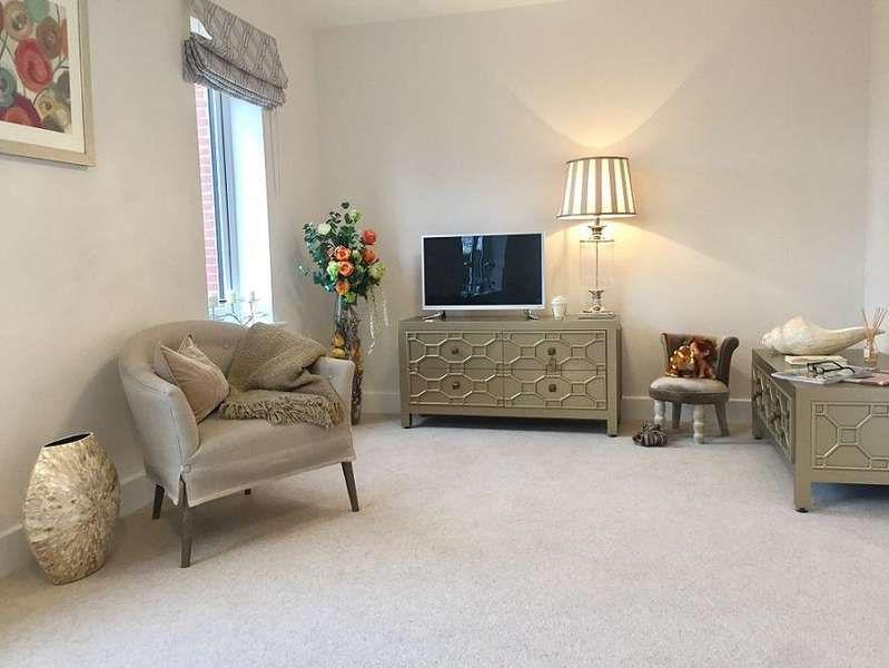 3 Bedrooms Terraced House for sale in The Parade, Windsor