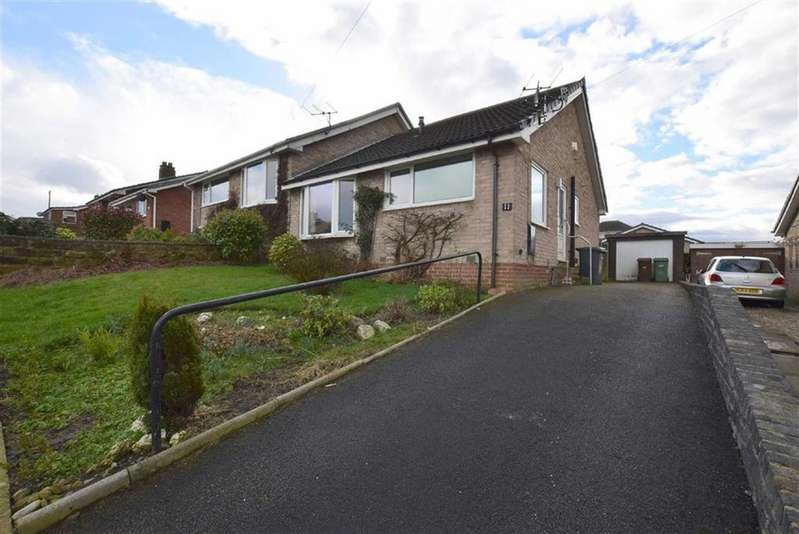 2 Bedrooms Semi Detached Bungalow for sale in Monkroyd Avenue, Barnoldswick, Lancashire