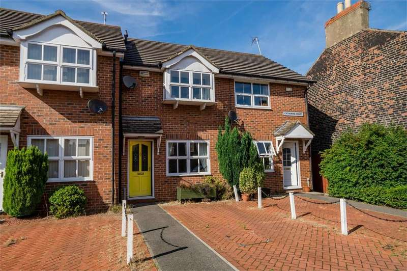 2 Bedrooms Terraced House for sale in Catherine Court, off Lawrence Street, YORK