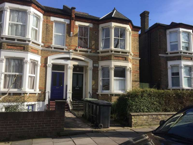 2 Bedrooms Flat for sale in New Cross SE14