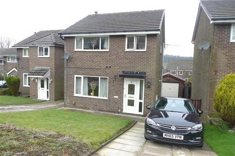 3 Bedrooms Detached House for sale in Clifton Drive, Buxton, Derbyshire