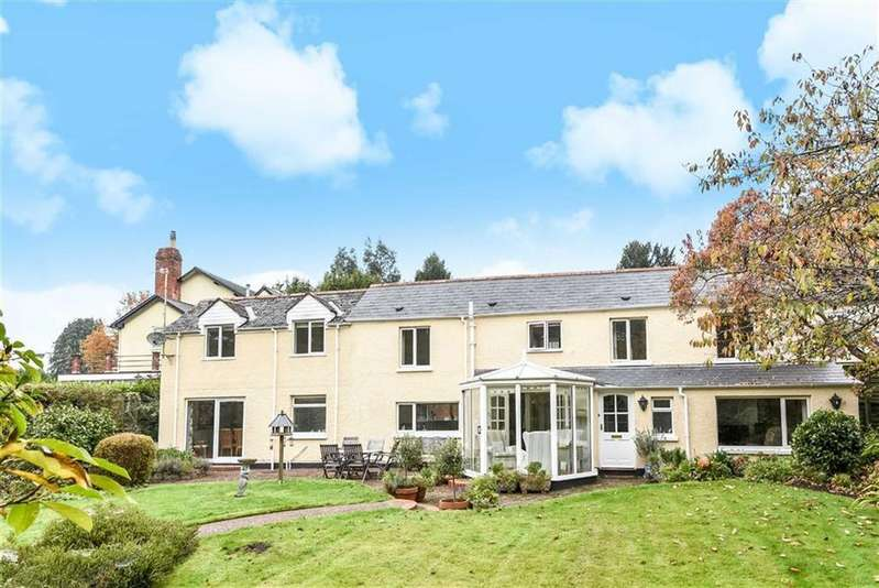 4 Bedrooms Detached House for sale in Blundells Avenue, Tiverton, Devon, EX16