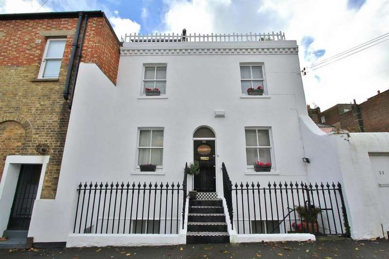 4 Bedrooms House for sale in Bristol Gardens