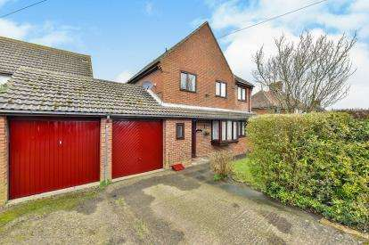 4 Bedrooms Detached House for sale in New Road, Drayton Parslow, Milton Keynes, Buckinghamshire