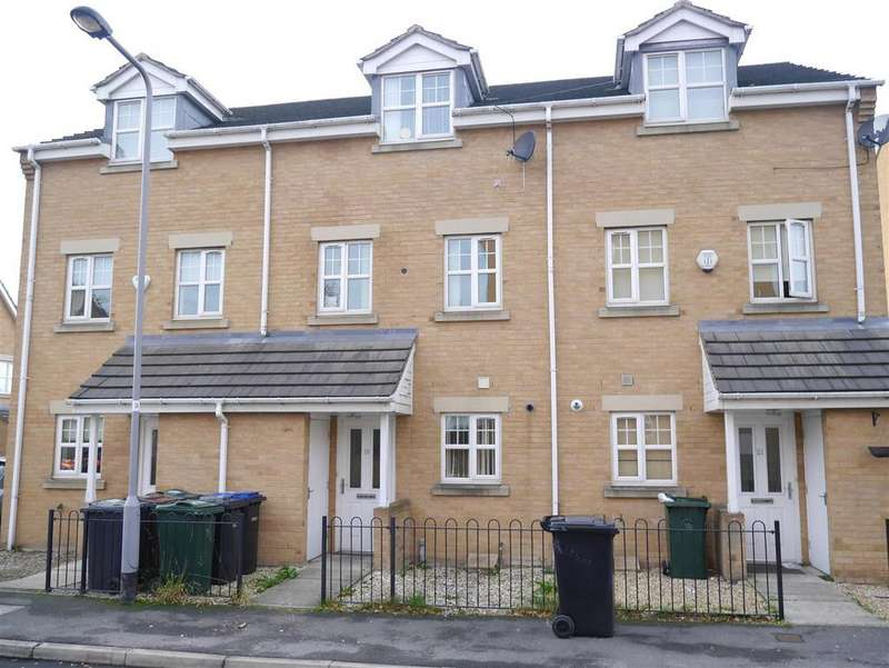3 Bedrooms Town House for sale in Alred Court, Bierley, BD4 6QA