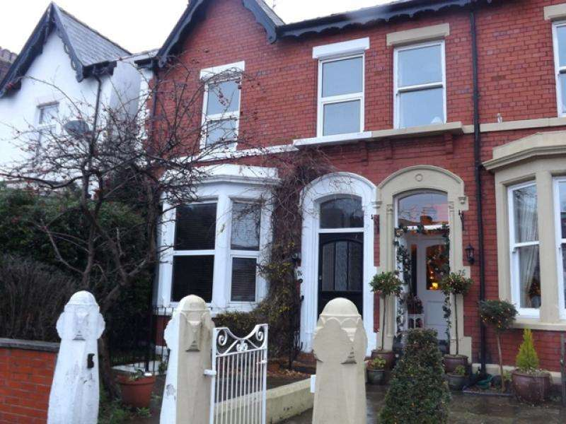 4 Bedrooms End Of Terrace House for rent in Westby Street, Lytham, FY8