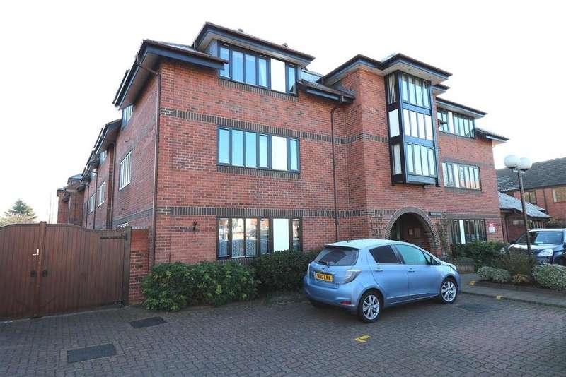 2 Bedrooms Retirement Property for sale in Coten End, Warwick