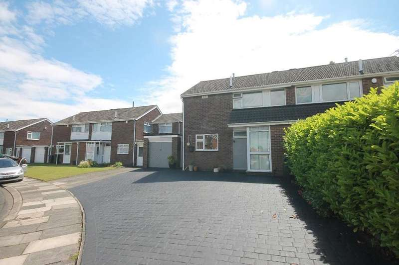 3 Bedrooms Semi Detached House for sale in Speeton Avenue, Acklam