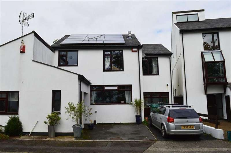 3 Bedrooms Semi Detached House for sale in Clevedon Court, Swansea, SA2