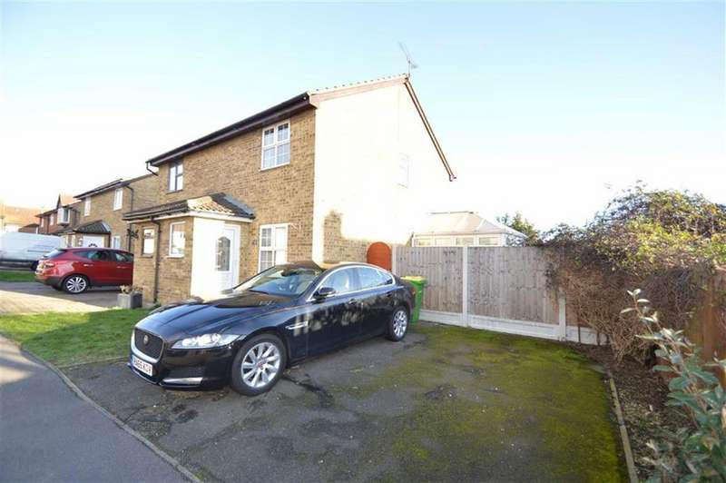 2 Bedrooms Semi Detached House for sale in Havenside, Little Wakering, Essex