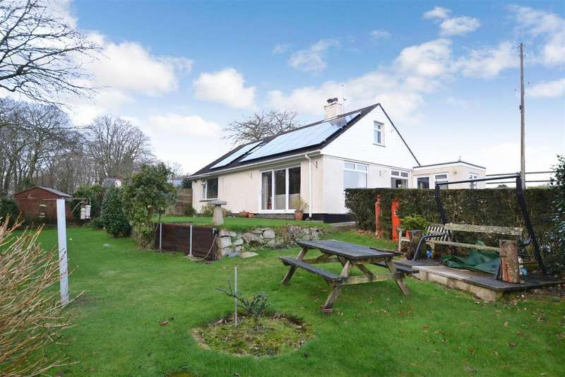 4 Bedrooms Detached Bungalow for sale in Penwarne Road, Mawnan Smith