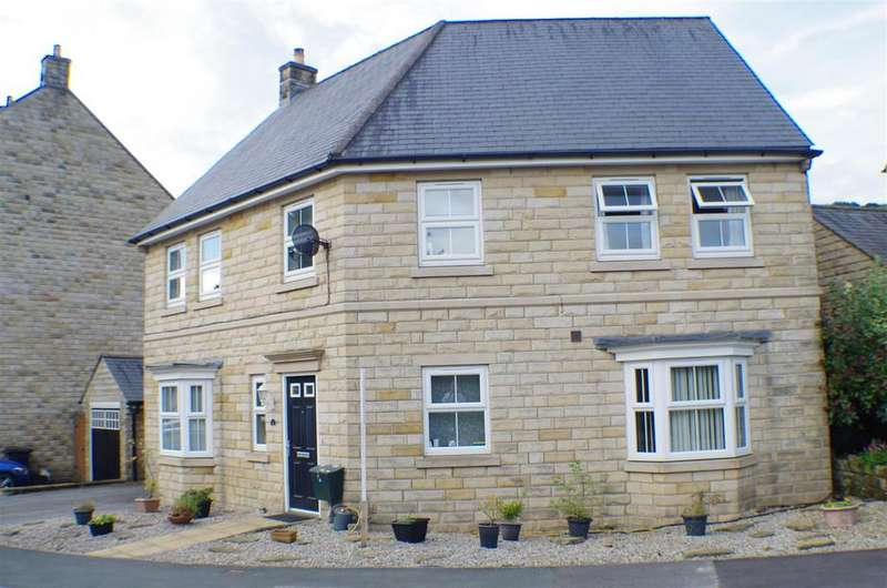 4 Bedrooms Detached House for sale in Coopers Close, Halifax