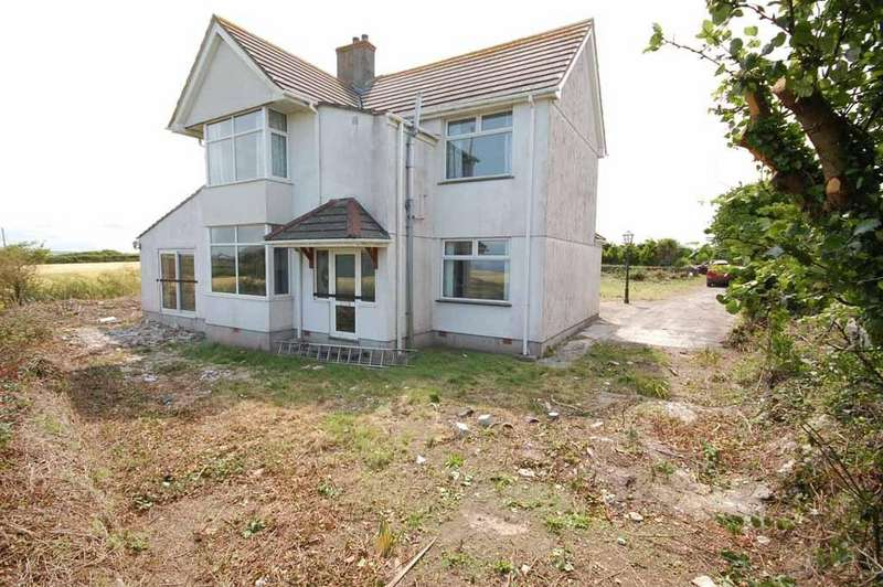 4 Bedrooms Detached House for sale in Harlyn Bay, Nr. Padstow, Cornwall, PL28