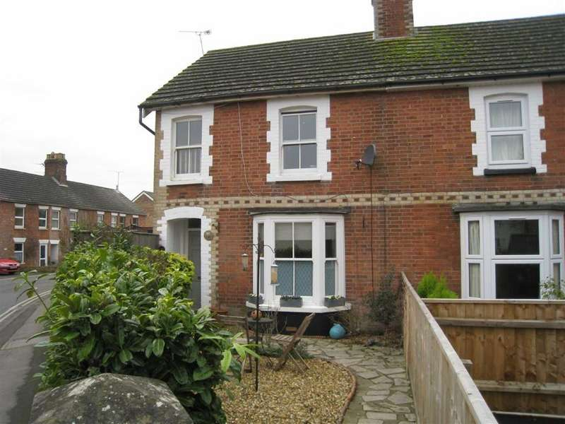 3 Bedrooms Semi Detached House for sale in New Borough, Wimborne, Dorset