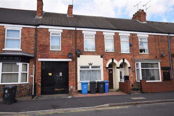 Terraced House for sale in Blenheim Street, Hull