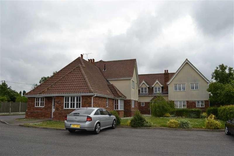 2 Bedrooms Apartment Flat for sale in Burnham Road, Althorne, Essex