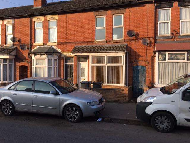 3 Bedrooms Terraced House for sale in Formans Road, Sparkhill, Birmingham B11
