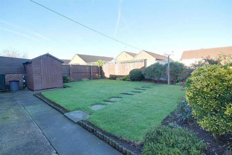 2 Bedrooms Detached Bungalow for sale in 9 Staveley Road, Alford