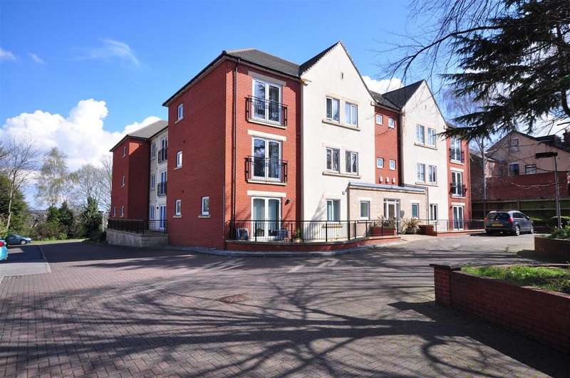 2 Bedrooms Apartment Flat for sale in Greenbanks, Woodthorpe Drive, Woodthorpe, Nottingham, NG5 4GG