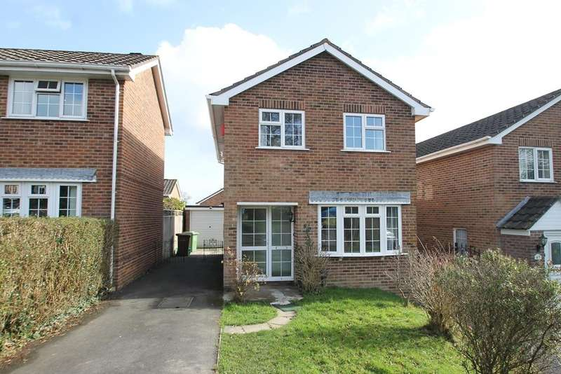 3 Bedrooms Detached House for sale in Crownhill