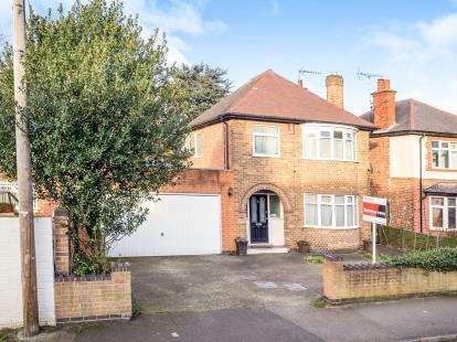 3 Bedrooms Detached House for sale in Ousebridge Drive, Carlton, Nottingham, Nottinghamshire