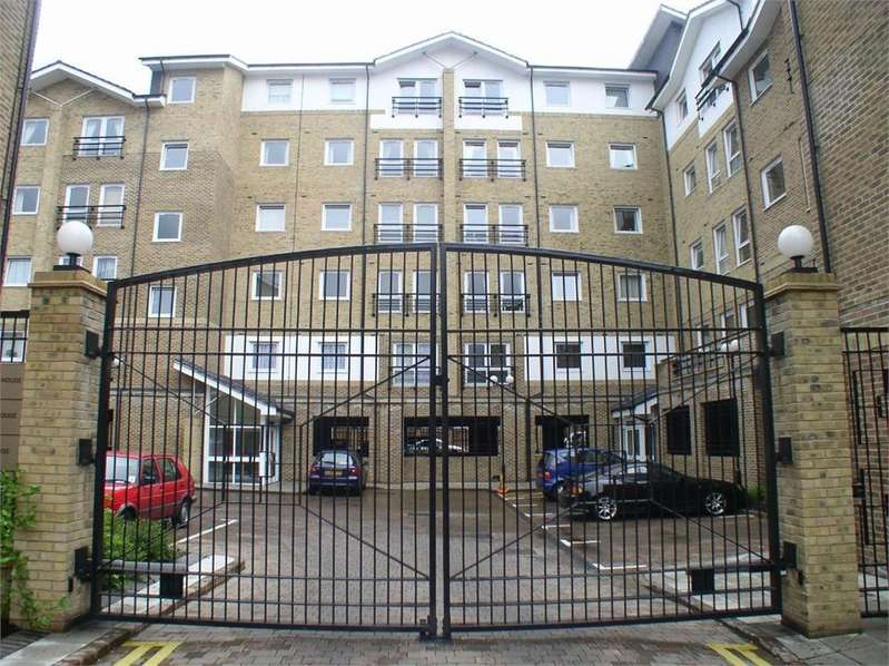 2 Bedrooms Flat for sale in Chatham House, Melbourne Road, Wallington, Surrey