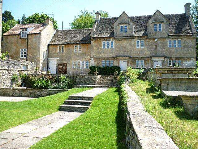 5 Bedrooms Detached House for sale in Church Lane, Box, Corsham, SN13