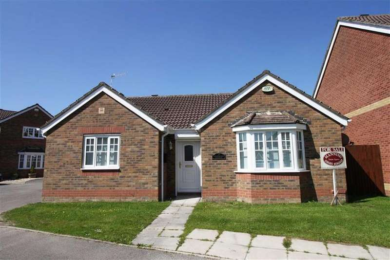 2 Bedrooms Detached Bungalow for sale in Springfield Gardens, Hirwaun, Aberdare
