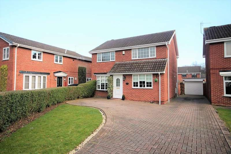 4 Bedrooms Detached House for sale in Wroxham Close, Stockton-On-Tees