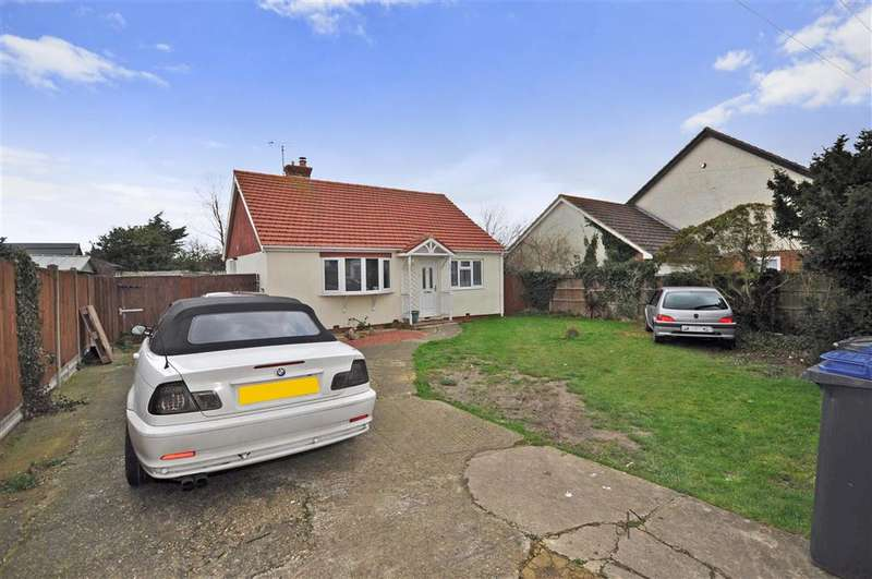 2 Bedrooms Detached Bungalow for sale in Lancaster Gardens, Herne Bay, Kent