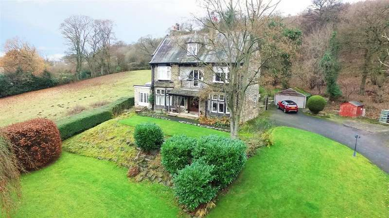 4 Bedrooms Detached House for sale in Hollins Hill, Baildon, Shipley