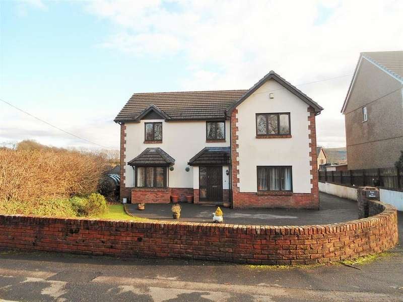 4 Bedrooms Detached House for sale in Heol Ddu, Ammanford