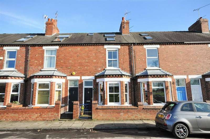 3 Bedrooms Terraced House for sale in Knavesmire Crescent, York
