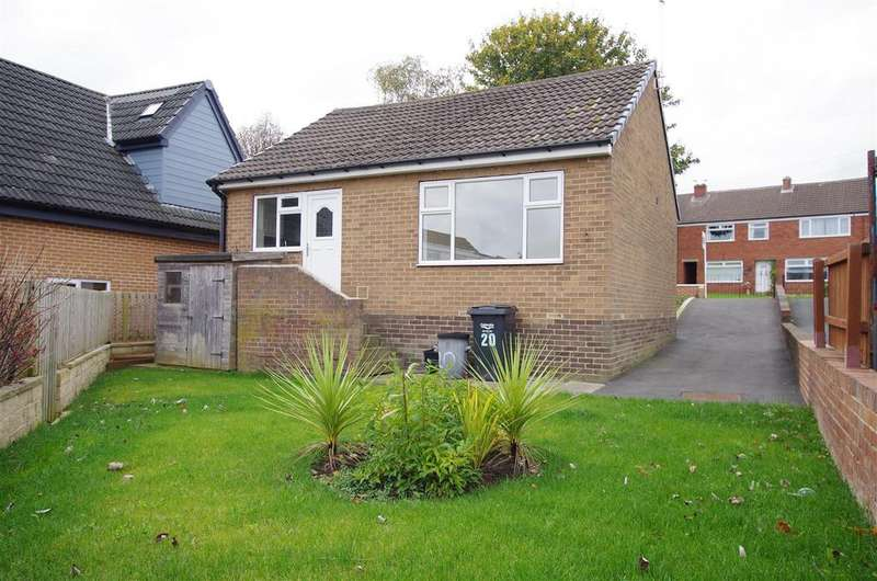 3 Bedrooms Detached Bungalow for sale in Ashfield Road, Greetland, Halifax