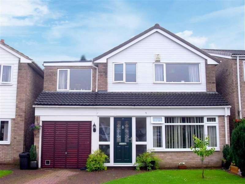 4 Bedrooms Detached House for sale in Minster Walk, Hurworth Village, Darlington