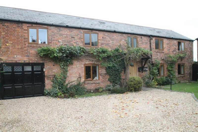 4 Bedrooms Barn Conversion Character Property for sale in Plas Devon Court, Holt