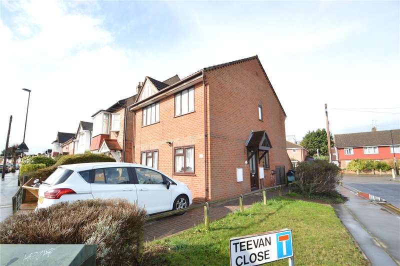 2 Bedrooms Apartment Flat for sale in Teevan Road, Addiscombe