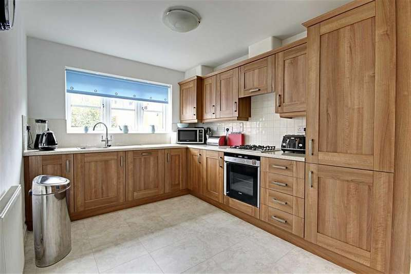 4 Bedrooms Detached House for sale in New Road, Boldon, Tyne And Wear