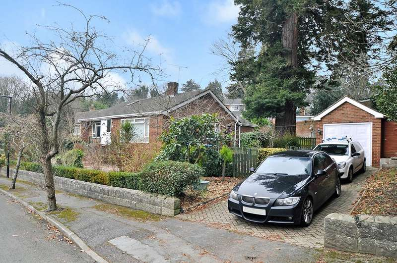 3 Bedrooms Detached Bungalow for sale in Bassett Green Drive, Bassett, Southampton, Hampshire, SO16 3QG