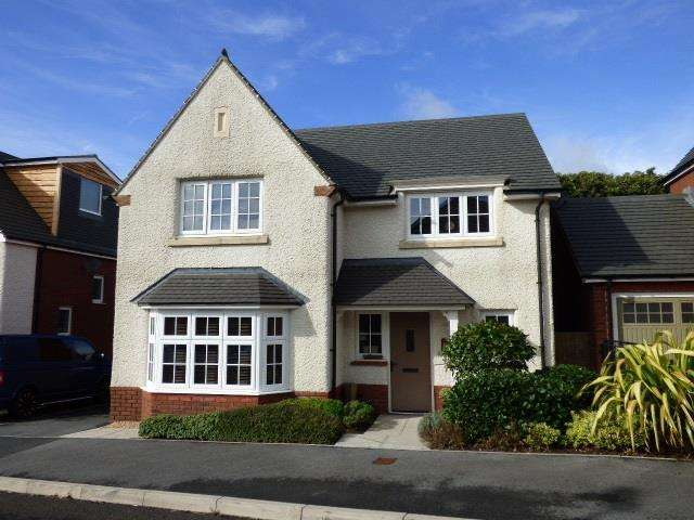 4 Bedrooms Detached House for sale in Rhodfa Morgan Drive, Llangunnor, Carmarthen