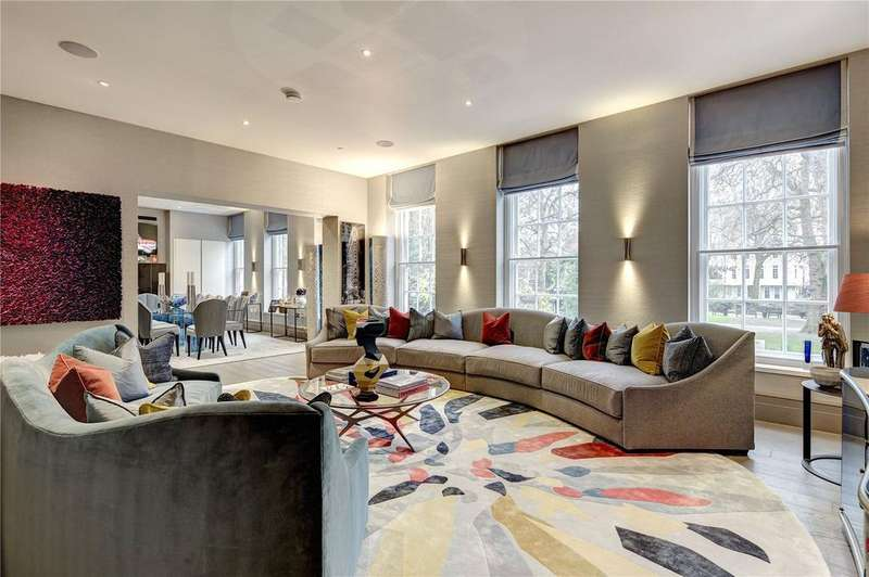 2 Bedrooms Apartment Flat for sale in Soho Square, Soho, W1D